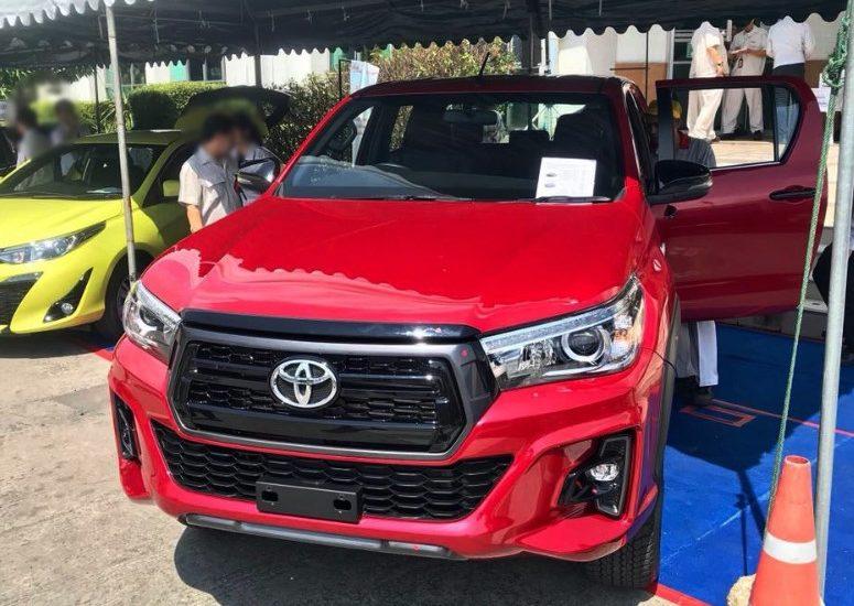 Revo Minor Change 2019 >> Toyota Hilux Revo Rocco Exporter Thailand, Australia, Dubai - 2018 2019 Toyota Hilux Revo ...